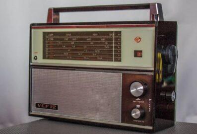 Радиоприёмник ВЭФ-12 (иллюстрация из октрытых источников)