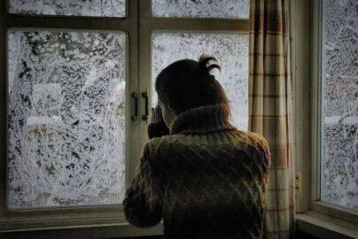 Зима. За окном (иллюстрация из открытых источников)