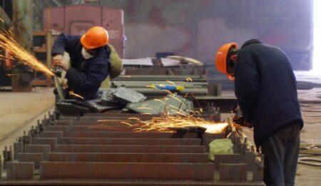 Рабочие России (иллюстрация из открытых источников)