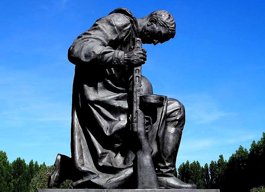 Монумент советскому воину освободителю (иллюстрация из открытых источников)