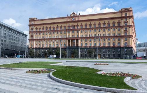 Москвичи выбирают памятник для Лубянской площади. Голосование пройдёт с 25 февраля по 5 марта 2021 г. (иллюстрация из открытых источников)