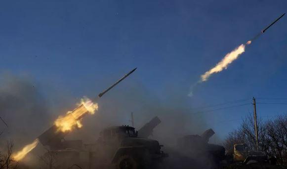 Украина открыла артиллерийский огонь по ЛНР (фото из открытых источников)