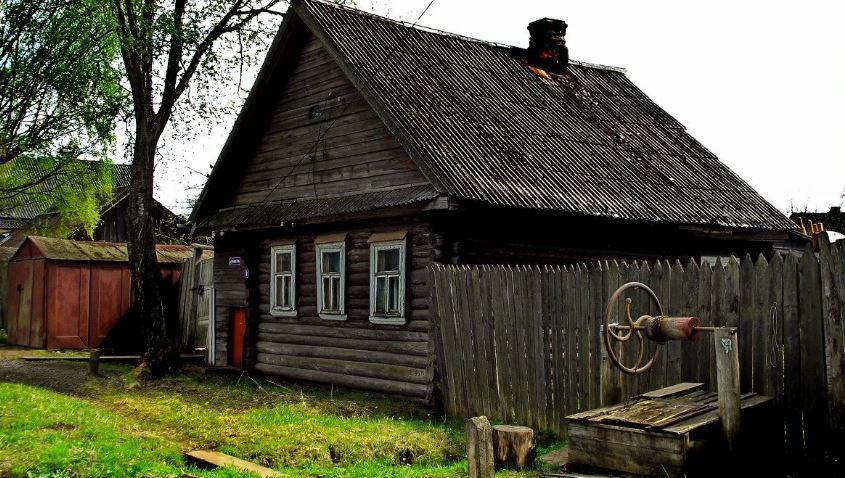 Деревенский дом (иллюстрация из открытых источников)