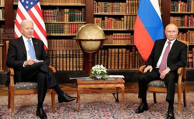 Путин и Байден переговорили наедине (фото с сайта Кремля)