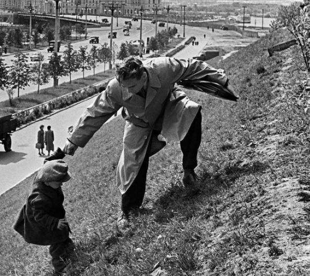 Рождённый в СССР. Только вверх. Только вперёд. (иллюстрация из открытых источников)