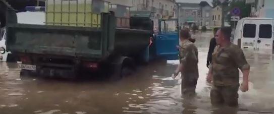 В Крыму продолжаются работы по ликвидации последствий стихийного бедствия (скришот видео РБК)
