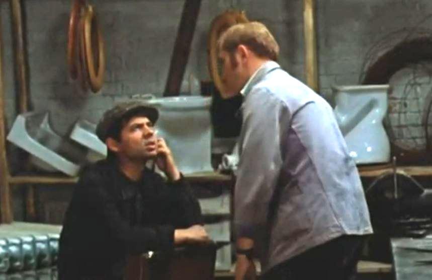 - Абдулла, Абдулла, со своим Абдуллой (кадр фильма «Афоня», СССР, 1975 год)