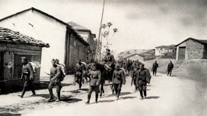 Болгарские солдаты в Югославии, Вторая мировая война (иллюстрация из открытых источников)