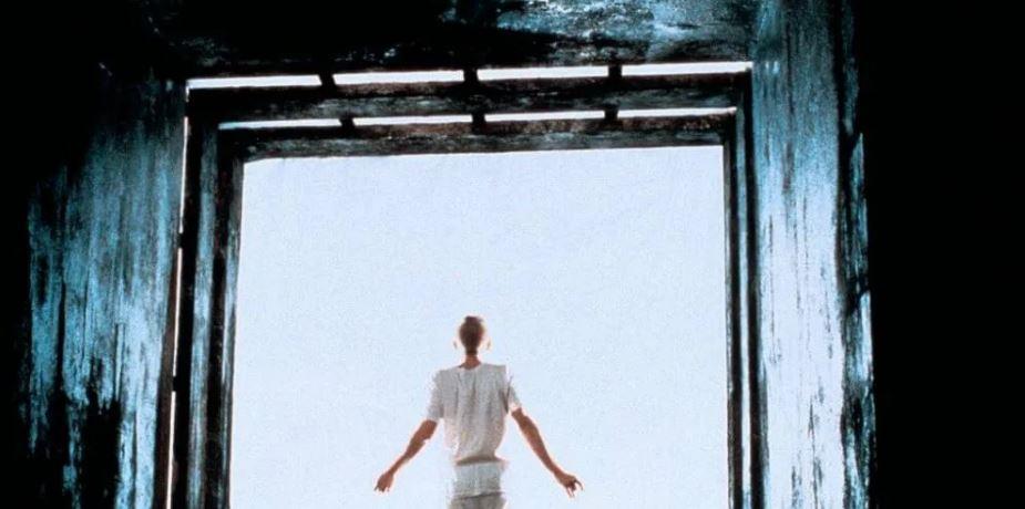 Кадр из фильма «Куб» (Винченцо Натали, 1997)