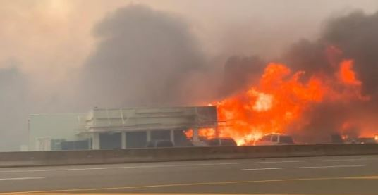 Литтон в огне (иллюстрация фото из twitter.com)