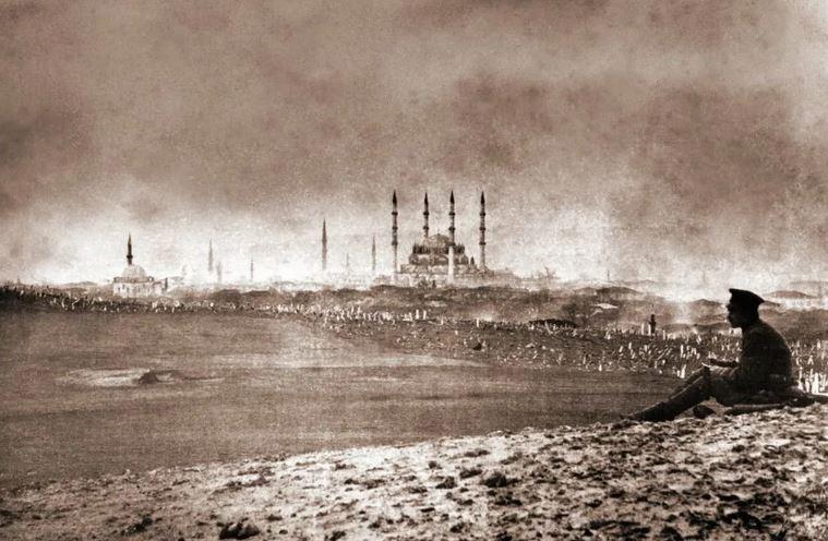 Русский солдат у стен Константинополя (иллюстрация из открытых источников)