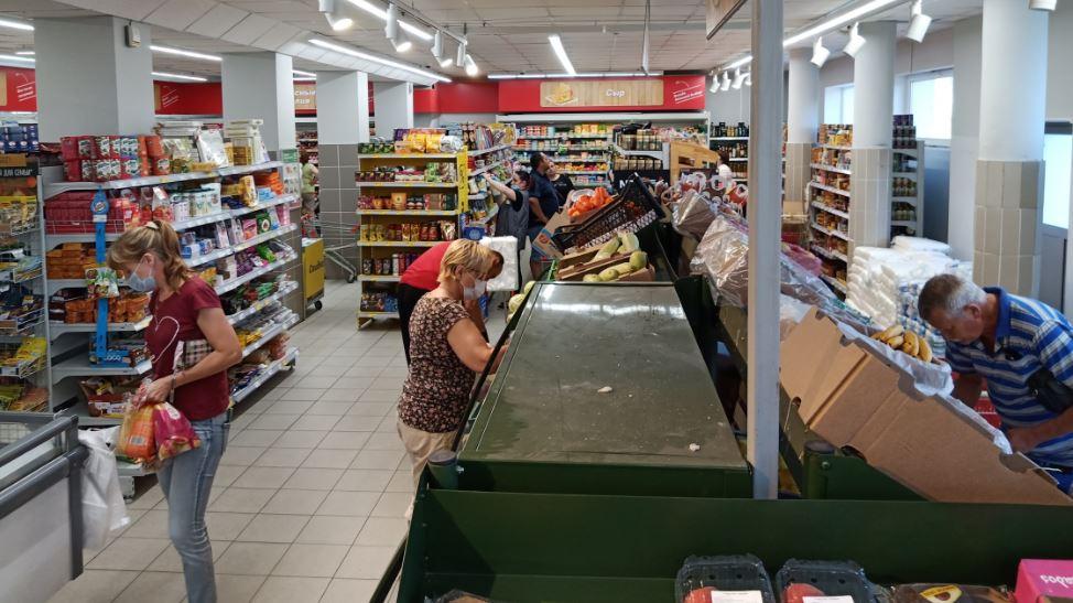 С каждым годом в российских магазинах становится всё менее оживлённо (фото РОСГОД)
