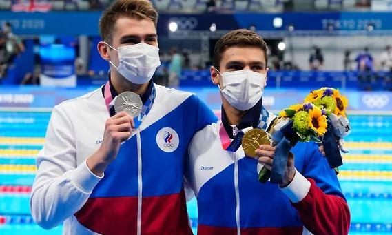 Серебряный призёр Олимпиады в Токио Климент Колесников и олимпийский чемпион Евгений Рылов