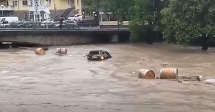 В Германии количество жертв наводнения достигло 59 человек (скриншот видео стихийного бедствия)
