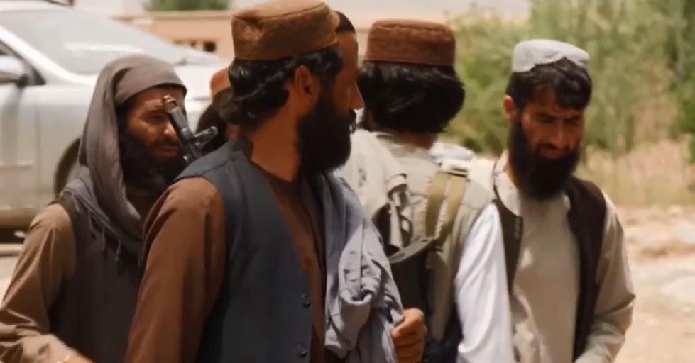 Талибы взяли под свой контроль последний погранпереход Афганистана (скриншот видео)