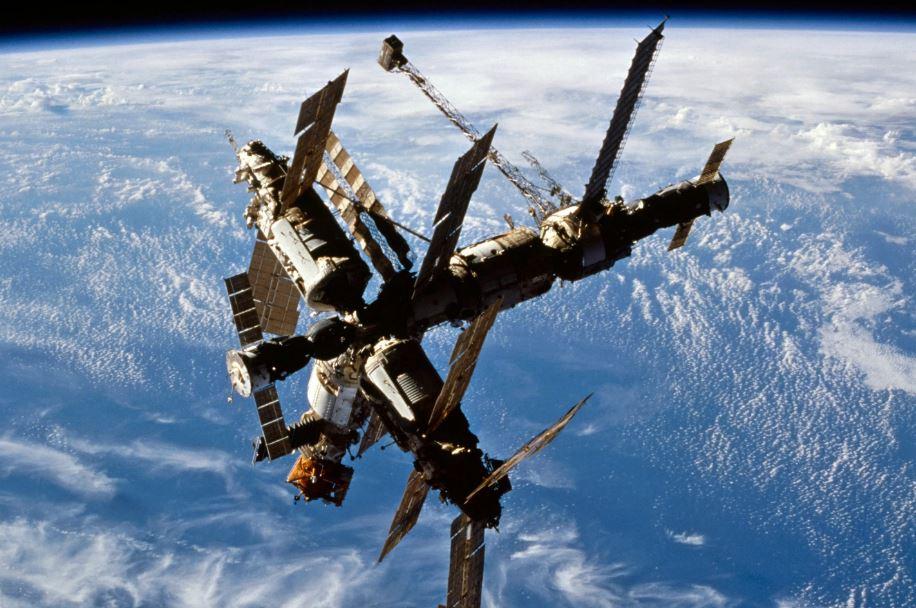 Первая в мире орбитальная станция «МИР», СССР (иллюстрация из открытых источников)